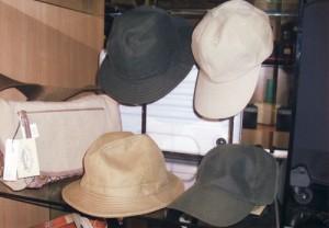 帽子ディスプレイ