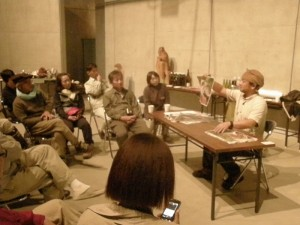 蜂須賀さんが持参した写真でのきのこトーク