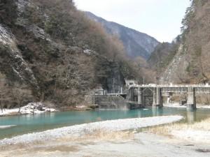 大鹿村 村役場の小渋川