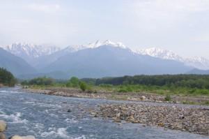 高瀬川のほとり