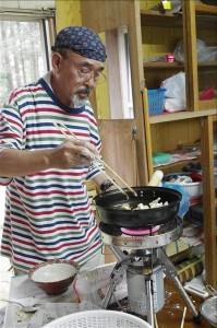 「剛炎」で天ぷらを揚げる