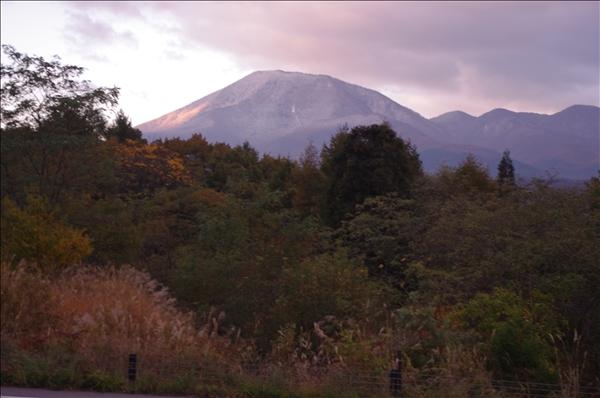 早朝の黒姫山