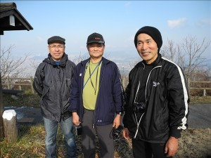 大麻山山頂にて記念撮影