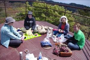 展望台にて昼食