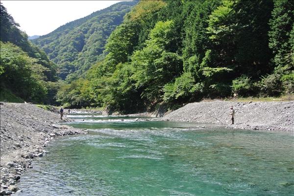 裏丹沢 管理釣り場
